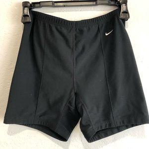 Nike running shorts SZ M
